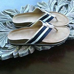 Tommy Hilfiger Flip Flops /Sandals NWOB